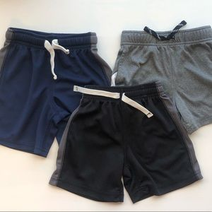 Carters - Lot of 3 boys active shorts 2T
